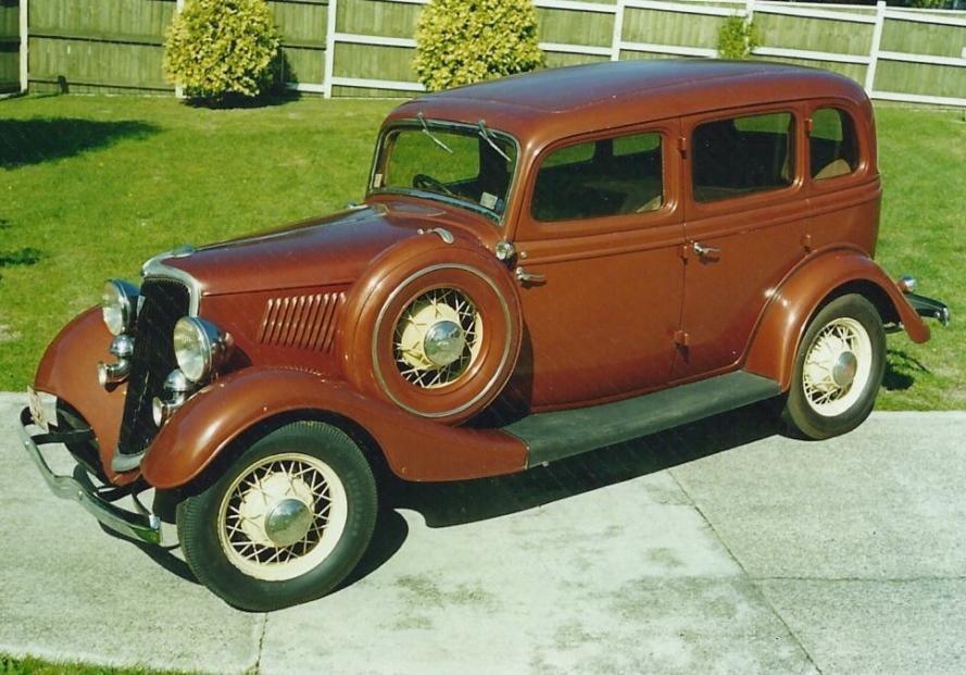 1934 ford v8 bronze fordor sedan for 1934 ford 4 door sedan